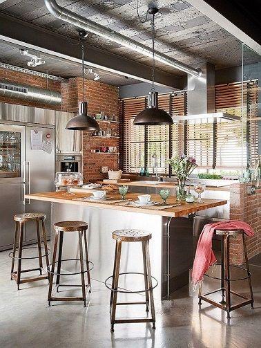 cuisine-ilot-acier-decoration