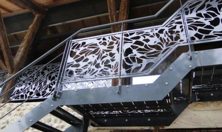 garde-corps-escalier-decoratif