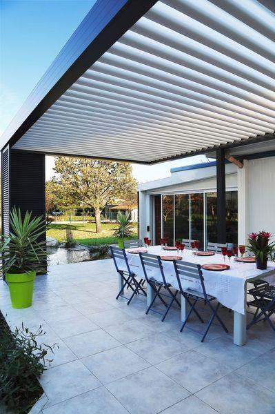 pergola-bioclimatique-exterieur-terrasse